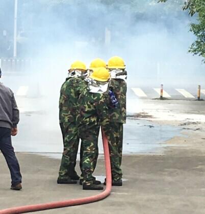 【公司动态】消防演习进行时,火灾来临你还害怕什么